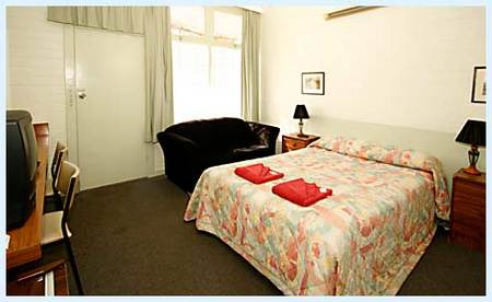 Guichen Bay Motel - Redcliffe Tourism