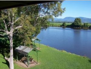 Tweed River Motel - Redcliffe Tourism