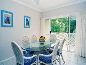 Sailz Boutique Holiday Villas - Redcliffe Tourism
