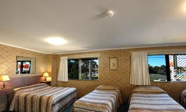 Tweed Harbour Motor Inn - Redcliffe Tourism