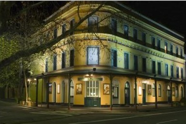 The Royal Exhibition Hotel - Redcliffe Tourism