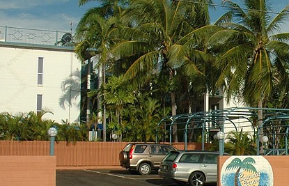 Coconut Grove Holiday Apartments - Redcliffe Tourism