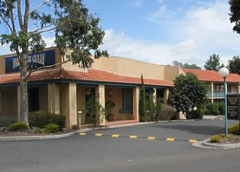 Ferntree Gully Hotel Motel - Redcliffe Tourism