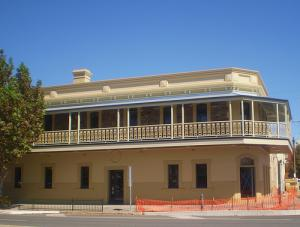 The British Hotel - Redcliffe Tourism