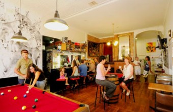 Cambrai Backpackers - Redcliffe Tourism