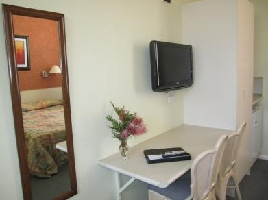 Wingham Motel - Redcliffe Tourism