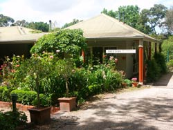 Treetops Bed And Breakfast - Redcliffe Tourism