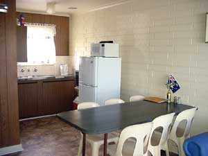Wool Bay Holiday Units - Redcliffe Tourism