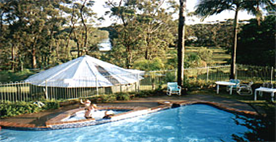 Tabourie Lake Motor Inn Resort - Redcliffe Tourism