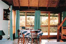 Green Gable Cottage - Redcliffe Tourism