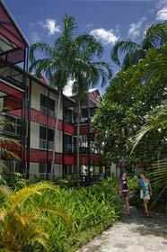 Parap Village Apartments - Redcliffe Tourism