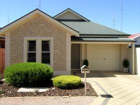 Kadina Luxury Villas - Redcliffe Tourism