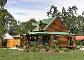 Mystic Mountains Holiday Cottages - Redcliffe Tourism