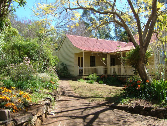 Hermitage Cottage - Redcliffe Tourism