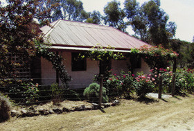 Settlers Cottage - Redcliffe Tourism