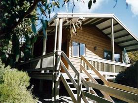 The Honeymyrtle Cottage - Redcliffe Tourism