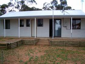 Lot 322 Holiday House - Redcliffe Tourism