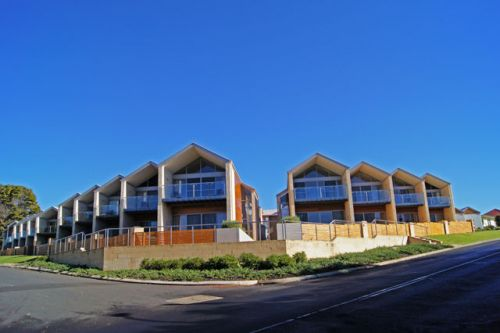 Seine Bay Apartments - Redcliffe Tourism