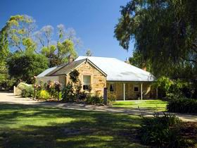 Evelyn Homestead - Redcliffe Tourism