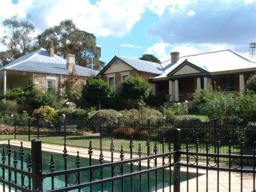 Chapel House - Redcliffe Tourism