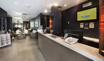 Quality Hotel Sands - Redcliffe Tourism