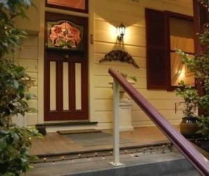 Chalet Blue Mountains - Redcliffe Tourism