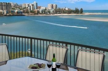 Windward Passage Holiday Apartments - Redcliffe Tourism