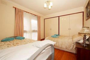 40 Thames Holiday Unit - Redcliffe Tourism