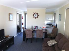 North East Apartments - Redcliffe Tourism