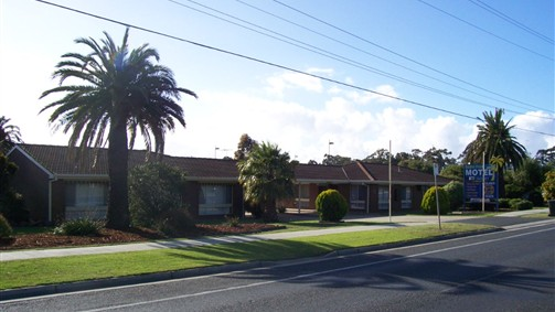 Geelong Golden Palms Motel - Redcliffe Tourism