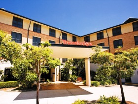 Travelodge Hotel Garden City Brisbane - Redcliffe Tourism