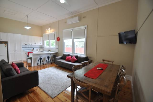 Ain Garth Self Catering Accommodation - Redcliffe Tourism