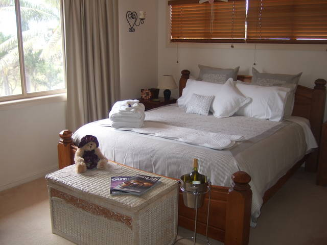 Ayr Bed and Breakfast on McIntyre - Redcliffe Tourism