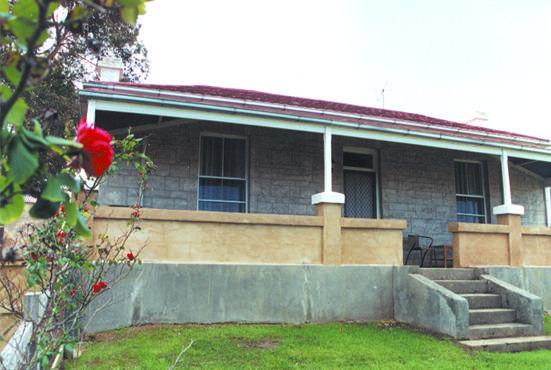 Limestone View Naracoorte Cottages - Redcliffe Tourism