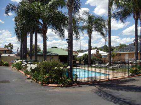 Town  Country Motor Inn Tamworth - Redcliffe Tourism