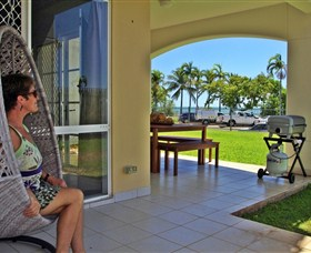 Absolute Beachfront Apartment - Redcliffe Tourism