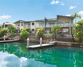 Bay View Luxury Waterfront Villa - Redcliffe Tourism