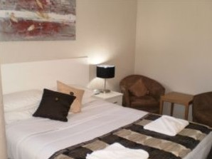 Country Leisure Motor Inn - Redcliffe Tourism