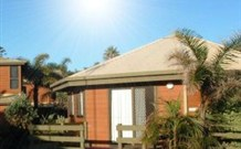 Split Solitary Apartment - Redcliffe Tourism