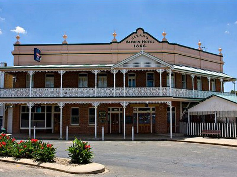 Albion Hotel Grenfell - Redcliffe Tourism