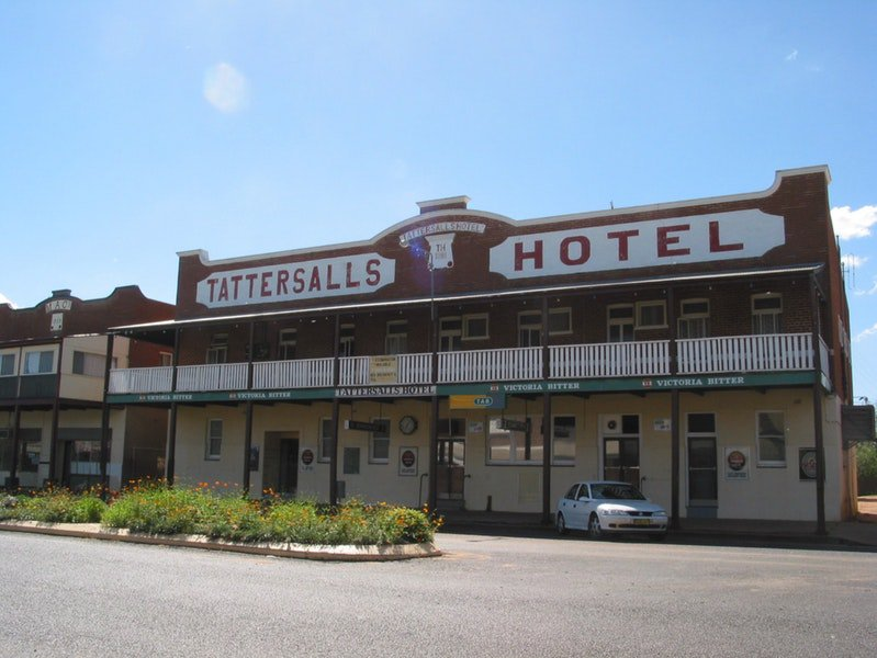 Tattersalls Hotel Baradine - Redcliffe Tourism