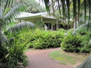 Blue Lagoon Lodge  - Redcliffe Tourism