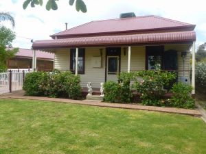 Country Cottages BB - Redcliffe Tourism