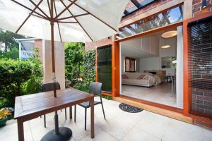 The Circle Retreat Studio - Redcliffe Tourism