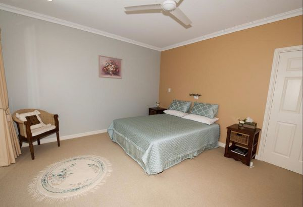 Crabapple Lane Bed and Breakfast - Redcliffe Tourism