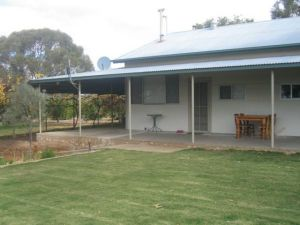 Gilgens Country River Retreat - Redcliffe Tourism