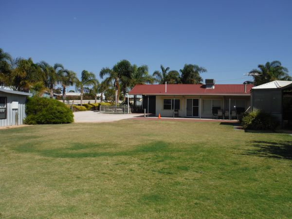 The Palms - Redcliffe Tourism