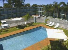 Commodore Motor Inn Mildura - Redcliffe Tourism