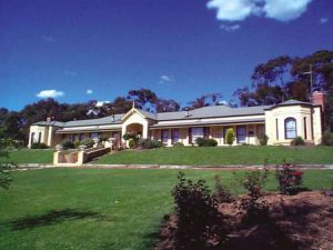 Brice Hill Country Lodge - Redcliffe Tourism