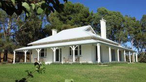 Orchard House - Redcliffe Tourism
